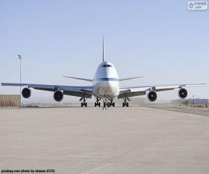 Boeing 747SP puzzle