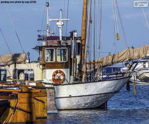 Boot Angeln im Hafen puzzle