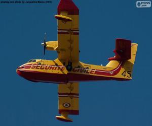 Canadair CL-215, Wasserflugzeug puzzle