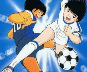 Captain Tsubasa bei hoher Geschwindigkeit, während sich die Steuerung der Kugel puzzle