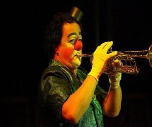 Clown spielt die Trompete puzzle