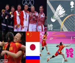Damendoppel Badminton Podium, Tian Qing Zhao Yunlei (China), Mizuki Fujii Reika Kakiiwa (Japan) und Valeria Sorokina, Nina Vislova (Russland) - London 2012- puzzle
