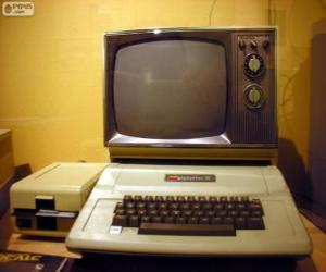 Der Apple II war die erste massenproduzierten Mikrocomputer-Serie (1977) puzzle