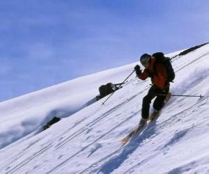 Der Telemark-Ski ist eine Technik, die im Jahre 1825 geboren wurde, gilt als Vater der modernen Ski puzzle