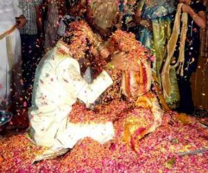Die Braut und der Bräutigam bei der Hochzeit oder Ehe nach der Hindu-Tradition puzzle