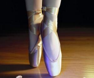 Die Füße der Tänzerin mit dem Spitzenschuhe, Ballettschuhe puzzle