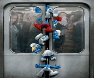 Die Schlümpfe sind in U-Bahn-Türen gefangen - Die Schlümpfe, film - puzzle