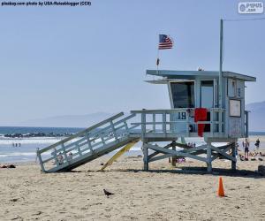 Ein Relief- und Überwachungsposten am Strand puzzle