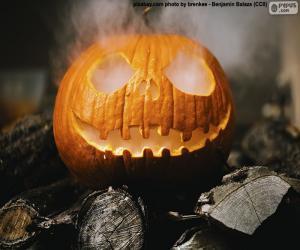Eine dampfende Halloween-Kürbis puzzle