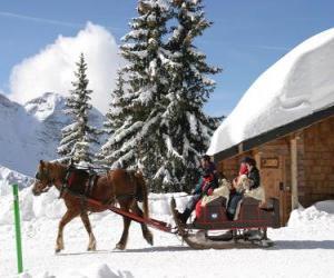 Eine Familie in einem Schlitten, gezogen von einem Pferd zu Weihnachten puzzle