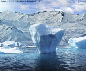 Eisberg in der Nähe der Küste puzzle