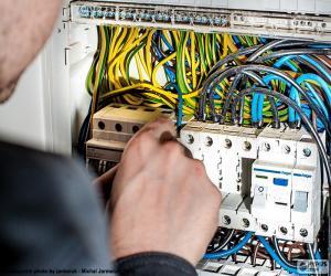 Elektriker, elektrischer Verteiler puzzle