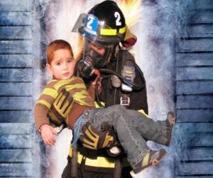 Feuerwehrmann hält ein kind in den Armen puzzle
