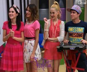 Francesca, Violetta, Ludmila und Maxi, Violetta 2 puzzle