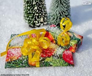 Geschenke mit gelben Band puzzle
