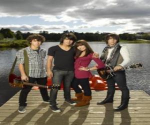 Geschwister Grey (Jonas Brothers) y Mitchie Torres (Demi Lovato)  puzzle