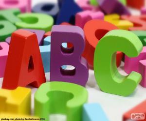Großbuchstaben A, B und C puzzle