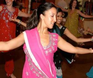 Hinduistischer tänzer im festival der lichter, das Diwali puzzle