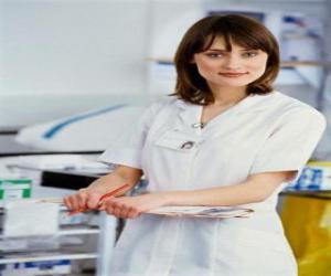 Krankenschwester die im krankenhaus puzzle