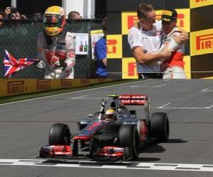 Lewis Hamilton feiert seinen Sieg in der Grand Prix von Kanada (2012) puzzle