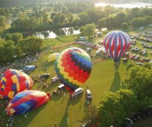Luftaufnahme von einem Heißluftballon Festival puzzle
