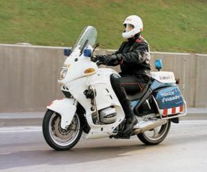Motorisierter polizist mit seinem motorrad puzzle