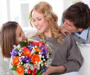 Mutter empfangen eine Blumenstrauß puzzle