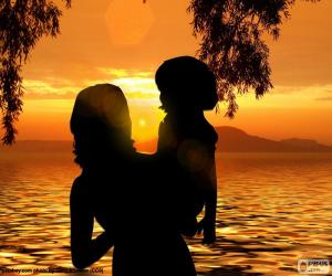 Mutter mit ihrem Sohn in die Arme puzzle