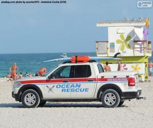 Ocean Rescue Auto von Miami Beach puzzle