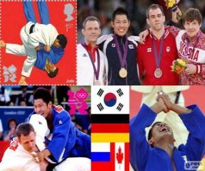 Podium der Herren Judo - 81 kg, Kim Jae-Bum (Südkorea), Ole Bischof (Deutschland) und Ivan Nifontov (Russland), Antoine Valois-Fortier (Kanada) - London 2012- puzzle