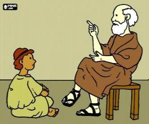 Professor oder lehrer, sitzt auf einem stuhl, zu lehren, ein kleiner junge sitzt auf dem boden puzzle