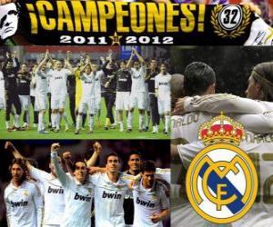 Real Madrid, Meister der spanischen Fußball-Liga 2011-2012 puzzle