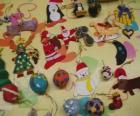 Vielzahl von weihnachts-schmuck