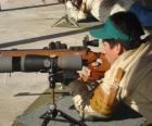 Luftgewehr shooter in aktion