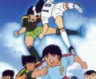 Fußballspieler in einem Fußballspiel von Captain Tsubasa