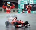 Fernando Alonso feiert seinen Sieg in der Grand Prix von Malaysia (2012)