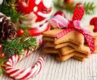 Zuckerstange und Kekse für Weihnachten