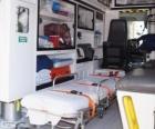 In einen Krankenwagen