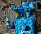 Blau-Kostüme