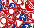 Mehrere Verkehrszeichen