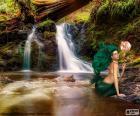 Meerjungfrau im Fluss