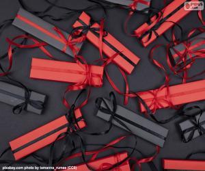 Rote und schwarze Geschenke puzzle