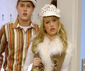 Ryan Evans (Lucas Grabeel), Sharpay Evans (Ashley Tisdale) handeln puzzle