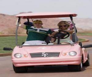 Ryan Evans (Lucas Grabeel), Sharpay Evans (Ashley Tisdale) in der Golf-Auto puzzle