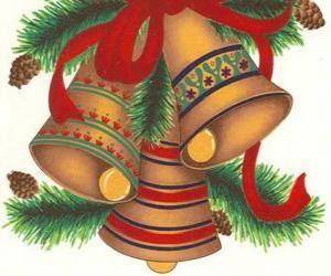 Set von drei Glocken mit Weihnachtsdekoration geschmückt puzzle