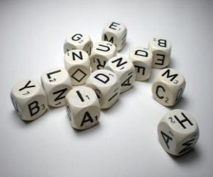 Spielwürfel mit Großbuchstaben puzzle
