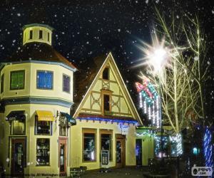 Straße mit Weihnachtsbeleuchtung puzzle