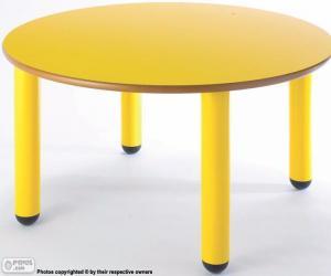 Tisch rund und gelb puzzle