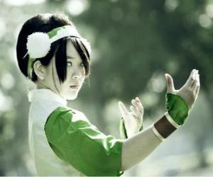 Toph Bei Fong ist Toph ein Mädchen blind geboren, dass auf seiner Suche begleitet Aang und ihn zu lehren earthbending puzzle