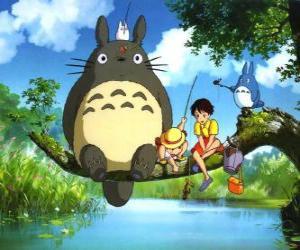 Tororo, der König des Waldes und Freunde in der Anime-Film Mein Nachbar Totoro puzzle